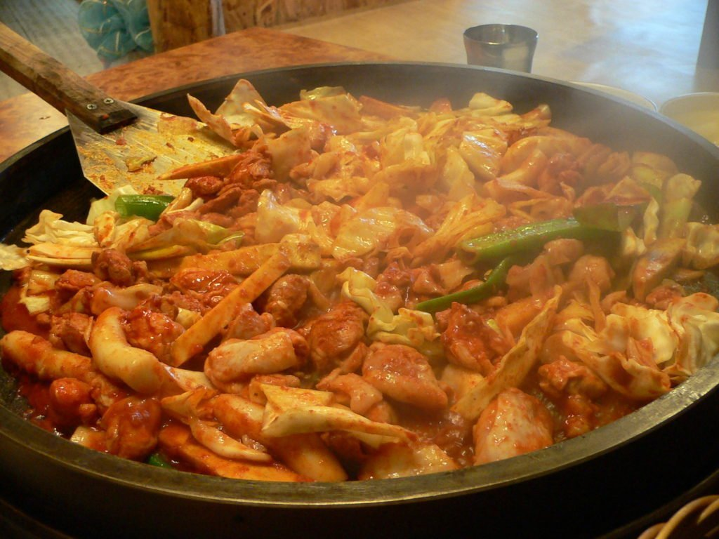 A large bowl of chuncheon dakgalbi in South Korea