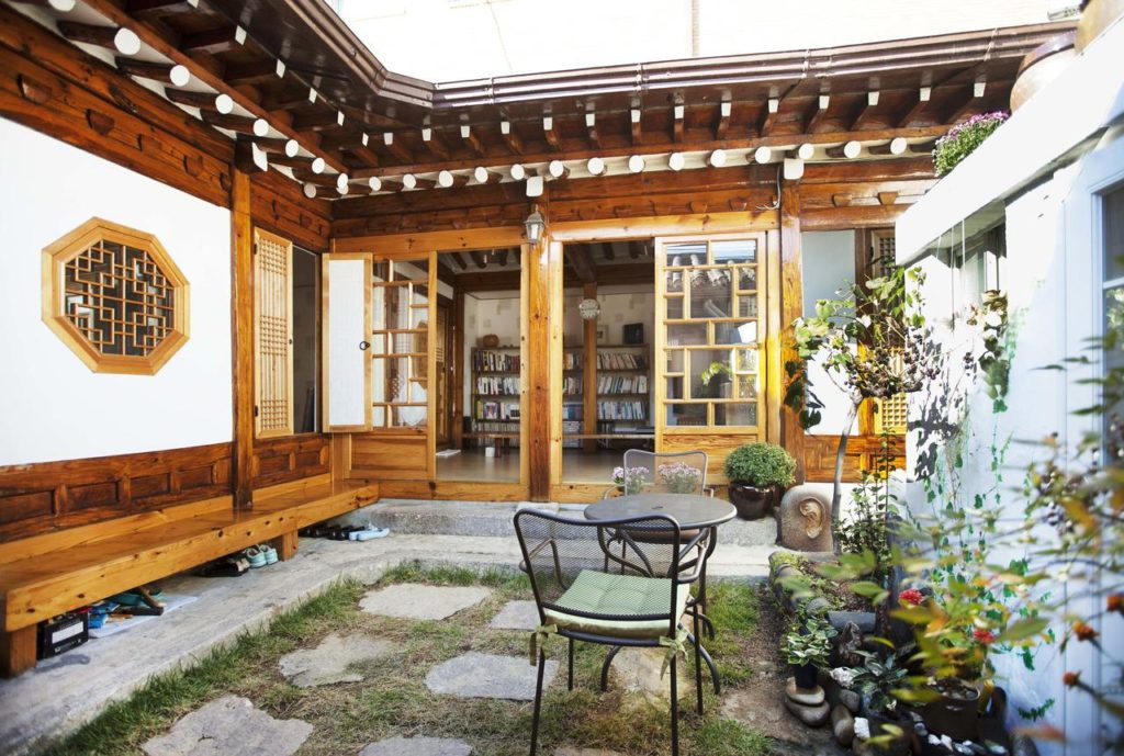 Insadong is where to stay in Seoul if you're looking for traditional Korean culture
