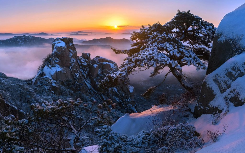 Bukhansan National Park, one of the places where to see snow in Seoul