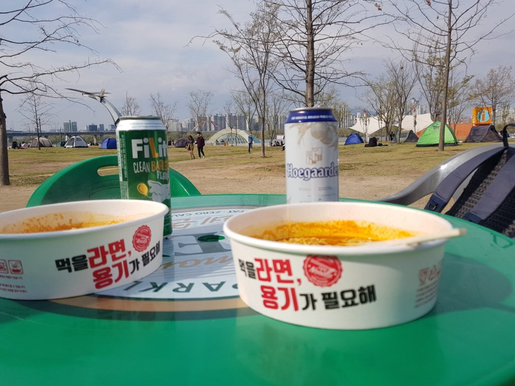 Beer and ramyeon - how to enjoy spring in Korea by the Han River