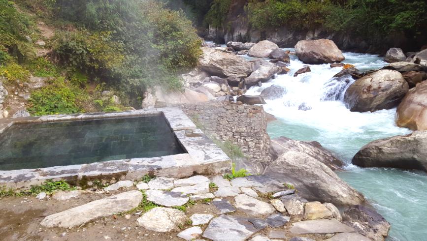 Jinhu Danda hot spring in Nepal
