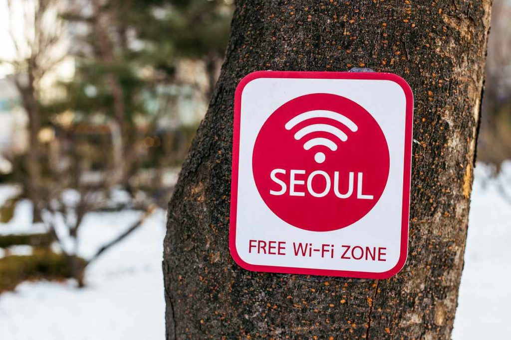 Free wifi in Seoul to save money