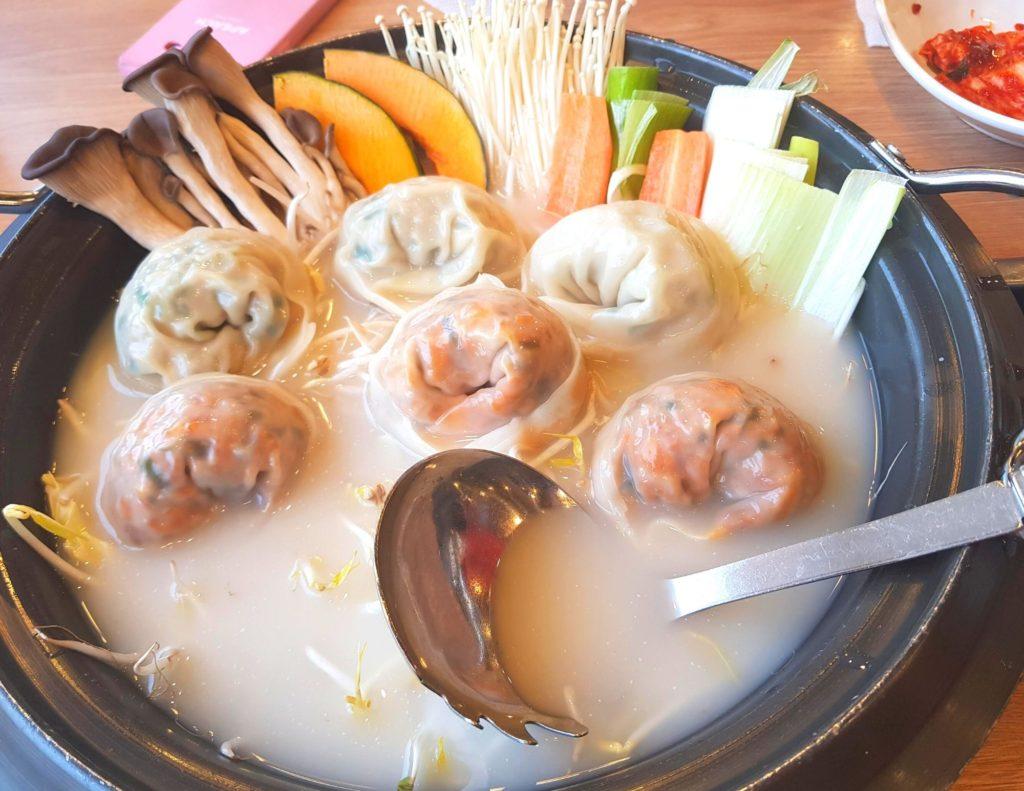 Manduguk - a traditional Korean dish