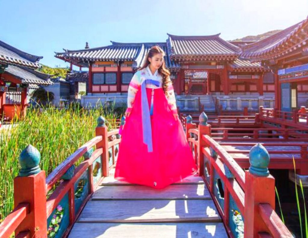 Wearing a hanbok is a common cost to travel in Korea