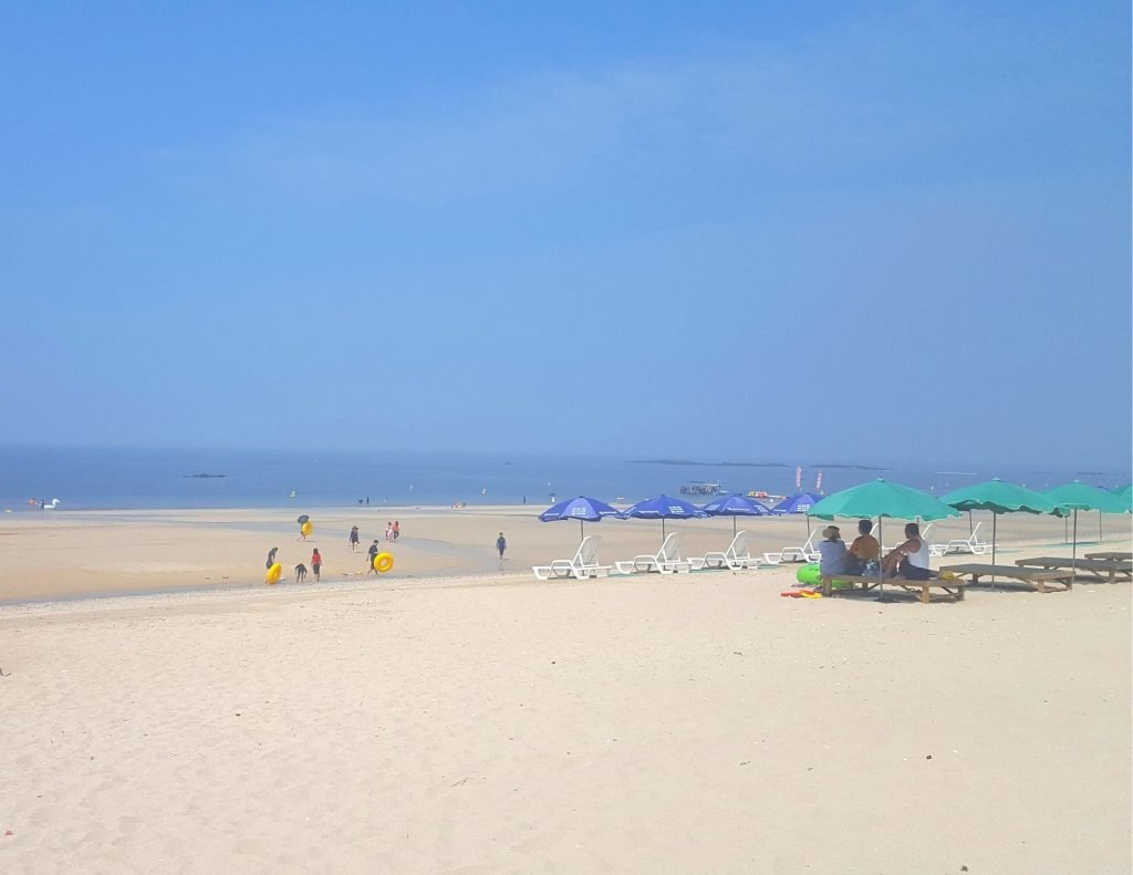 Korean beach in Korea during the summer, the best time to visit Korea